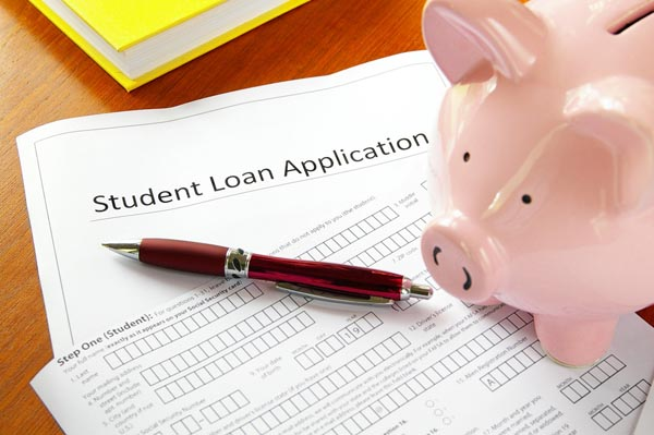 A paper student loan application